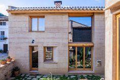 Casa Laureada en España de Tierra Compactada Reduce a la Mitad las Emisiones Normales de CO2 - Noticias de Arquitectura - Buscador de Arquitectura