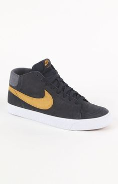 Special Offers Available Click Image Above: Mens Nike Shoes - Nike Blazer Mid Lr Suede Shoes