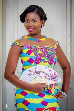 Kente Fabric Designs: See These Kente Styles For Fashionable Ladies - Lab Africa African Wedding Dress, African Print Dresses, African Print Fashion, African Fashion Dresses, African Dress, African Attire, African Wear, Kente Dress, Kente Styles