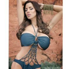 Jordan Carver Gorgeous Hot in Red Rock Mountain - BIG BOOBS JORDAN CARVER