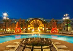 For those planning their first trip to Walt Disney World, deciding where to stay can be a pretty daunting process. With 25 resorts on Walt Disney World propert Resorts Da Disney, Disney Resort Hotels, Disney Vacations, Disney Trips, Hotels And Resorts, Best Hotels, Budget Hotels, Family Vacations, Walt Disney World