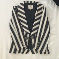 F21 Blazer Can't tell if this is navy or charcoal and white blazer. Super stylish. Forever 21 Jackets & Coats Blazers