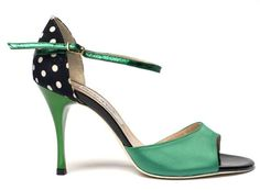 Everything I love... Polka dots, and green!