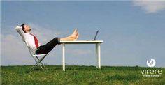 Tante persone trascorrono gran parte della giornata in ufficio, diventa importante quindi, renderlo confortevole ed accogliente. Inserire il verde in ufficio, è una scelta ottimale, per combattere l'inquinamento e lavorare in un ambiente più sano e pulito, senza rinunciare all'aspetto estetico. Chi lavora in un luogo ricco di piante respira aria più pulita e salubre e si sente più rilassato e soddisfatto rispetto alle persone che trascorrono la giornata lavorativa in uffici privi di piante.