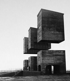 Variations on a Dark City and Other Works / Espen Dietrichson