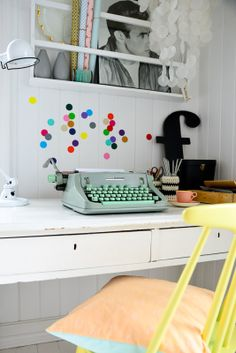 Vintage cute. I like those dots #workspace