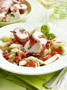 Gevulde kip met pastasalade