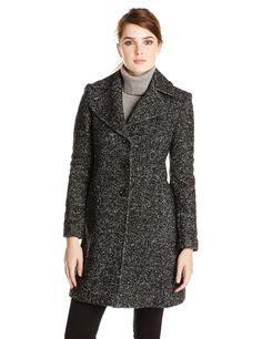 This looks very warm, and offers great possibilities for color contrast between the sweater and the coat.