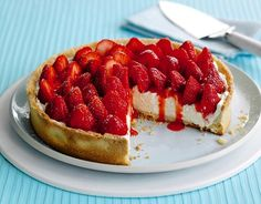 Sweet strawberry mascarpone tart