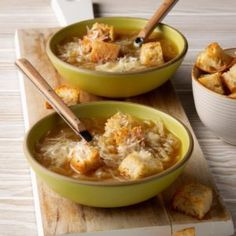This is a nice warming soup on a chilly day. Lentils are so good for you, too! —Mary Smith, Columbia, Missouri Pressure Cooker Recipes, Pressure Cooking, Slow Cooker, Vegan French Onion Soup, Onion Soup Recipes, Homemade Soup, Recipes For Beginners, Us Foods, Soups And Stews