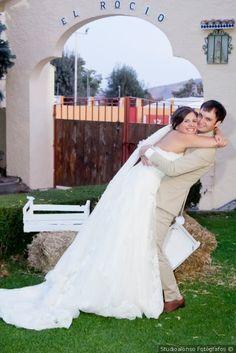 #fotografoboda #fotosboda#fotografosbodasmadrid  #fotografomadrid #reportajedeboda #bodafinca Sierra, Wedding Dresses, Fashion, Photo Studio, Bridal Gowns, Pictures, Bride Dresses, Moda, Fashion Styles