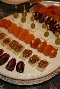 Finger Food Appetizers, Finger Foods, Appetizer Recipes, Good Food, Yummy Food, Master Chef, Food Decoration, Food Platters, Iftar