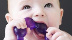 Teething Do's and Don'ts Every New Mom Should Know About | Baby Care Weekly