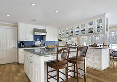 Classy Kitchen & Bath is a leading supplier of quality, custom kitchen and bath design, cabinets and countertops. Kitchen Designs Photos, Country Kitchen Designs, Best Kitchen Designs, Farmhouse Kitchen Decor, Luxury Kitchen Design, Luxury Kitchens, Home Kitchens, Kitchen And Bath, New Kitchen