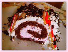 Κορμός Black Forest των Χριστουγέννων | cook-the-book Black Forest, Cooking, Cake, Desserts, Recipes, Greek, Book, Kitchen, Tailgate Desserts