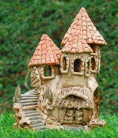 Windlichter - kleine Burg Keramik-Windlicht - ein Designerstück von Nandomo-23 bei DaWanda