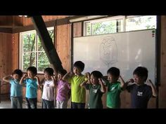 DayMan, performed by a Japanese kindergarten class
