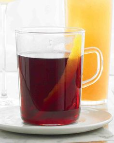 Thanksgiving Cocktails: Spiced Brandy Wine Recipe