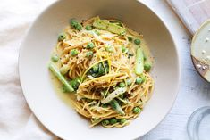 Pasta Al Limone with Peas Asparagus Cheesy Pasta Recipes, Spaghetti Recipes, Vegetarian Recipes, Cooking Recipes, Frozen Peas, How To Cook Pasta, Food For Thought, Vegan Gluten Free, Asparagus