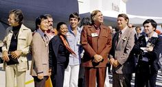 Nichelle Nichols (fourth from the left) in 1976 with most of the cast of Star Trek visiting the Space Shuttle Enterprise at the Rockwell International plant at Palmdale, California, Star Trek Tv Series, Star Trek Cast, Star Trek Beyond, Star Trek Original, Leonard Nimoy, Nasa, First Space Shuttle, Rockwell International, Space Shuttle Enterprise
