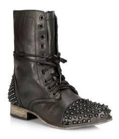 TARNEY by Steve Madden: Love the black on black studs