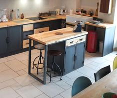 15 Awesome DIY Kitchen Island Ideas That Will Make Your Kitchen More Functional Industrial Kitchen Island, Kitchen Island Decor, Modern Kitchen Island, New Kitchen, Industrial Kitchens, Kitchen Ideas, Wooden Drawers, Vintage Industrial Furniture, Steel Doors