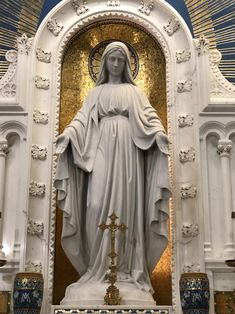 Blessed Mother, keep us protected beneath your mantel Catholic Priest, Catholic Art, Roman Catholic, Religious Art, Catholic Wallpaper, Our Lady Of Sorrows, Greek Statues, Religion Catolica, Special Prayers