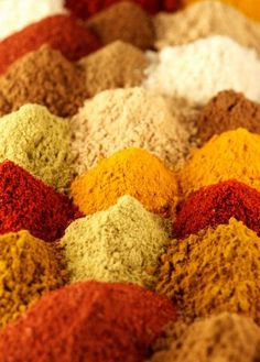 Tbsp Tbsp chili powder (good quality Mexican chili powder is Tbsp powdered cumin (To make it yourself, first toast whole cumin. Homemade Fajita Seasoning, Seasoning Mixes, Spice Blends, Spice Mixes, Chili Recipes, Dog Food Recipes, Hamburger Spices, Iranian Cuisine, Chili Spices
