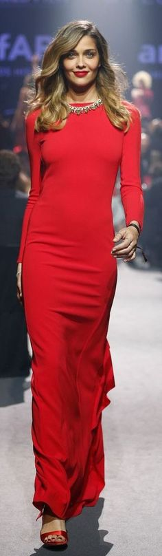 Max Mara 2014/15 - red gown