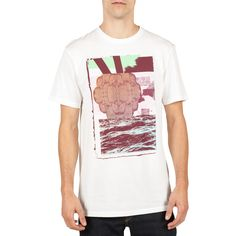 Supreme quality and organic cotton has the Wave tee blowing up in a big way.Features:  Men's modern fit t-shirt wears slightly slim Innovative construction offers high durability Custom interior / exterior