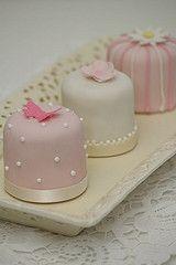 Minitörtchen creme rosa weiß Vintagestil.2