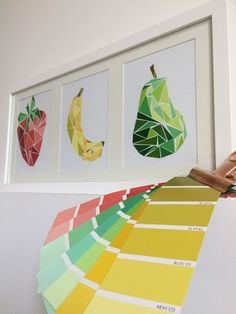 Trends Handmade Board Ideas : collage fruits géométrique www.tadaam.fr More