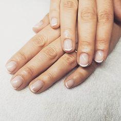 Otra manicura francesa semipermanente ORLY.  #manicura #manicuraorly #orlyfx #orly #manicuravegana #nails #shinenails #nailsalonbarcelona #lifestyle #manicure #manicurasemipermanente #barcelona #beauty #vegano #manicuravegana #revivenailbeauty #manicurafrancesa #frenchnails #frenchmanicure French Nails, Salons, Manicure, Barcelona, Lifestyle, Beauty, Fingernail Designs, Nail Bar, French Tips