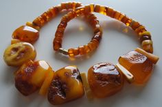 WEIGHT of the necklace 67gr. REAL AMBER is between 30 - 90 million years old. Copal is not Amber. Copal is the immature resin of a tree, being only a few hundred years old to a several thousand years old. | eBay!