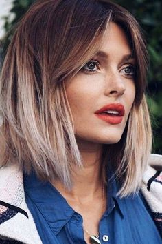 The Best Short Cuts for Thin Hair: Face-Framing Layers #thinninghair