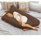I WANT!!!  My very own Pregnancy body pillow :)  Might need a California King size bed for this one though!! haha  Oh baby does that look comfy!!