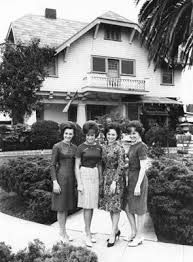 The Lennon Sisters in front of their Venice Beach family home!