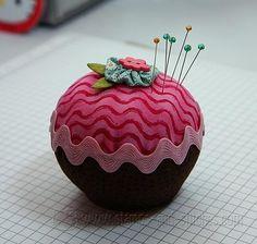 Free Pincushion Patterns | Stamps and Stitches: Cupcake Pincushion (tutorial)