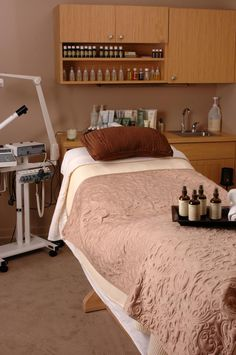 Art + Science Salon Spa Blason Spa Equipment: http://www.blasononline.com/BlasonOnline/spa-equipment/facial-multifunction-units
