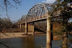 Highway 78 Bridge, Durant, OK. It crosses the Red River which is the Texas Oklahoma state line. Durant Oklahoma, Texas And Oklahoma, Places Ive Been, Places To Go, Love Bridge, Air Max Women, Red River, Covered Bridges, Wonderful Places