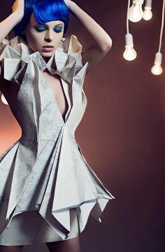 Futuristický štýl ~ Paper módne šaty