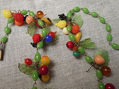 Vintage 1950's Italian Necklace Miniature Glass Fruit Leaves Beads Made in Italy