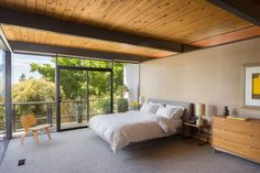 This Post-and-Beam in Pasadena Offers Classic California Living For $1.9M - Dwell