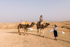 Von Marrakesch in die Wüste in nur 45 Minuten Fahrzeit? Das geht im Scarabeo Camp in der Agafay-Wüste. Eine Nacht in einem Wüstencamp wie im Bilderbuch!