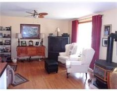 Living Room at 582 Barcovan Beach Road, Malcolm Johnston, Century 21 Lanthorn Real Estate, Quinte Real Estate.