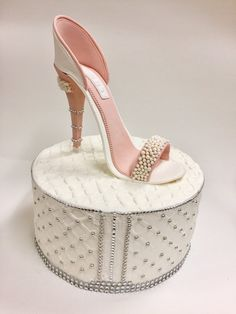 Gumpaste High Heel Shoe Cake Topper Sugar high heel shoe Fondant high heel Sugar shoes for cakes High heel topper Shoe cake topper Shoe Box Cake, Shoe Cakes, Purse Cakes, Fondant Cakes, Cupcake Cakes, Cupcakes, Bolo Artificial, Amazing Cakes, Beautiful Cakes