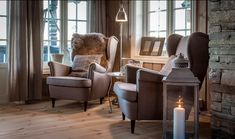 Chalet Interior, Interior Design, Mountain Decor, Rustic Fall Decor, Lodge Decor, Modern Country, Rustic Interiors, Log Homes, Colorful Interiors
