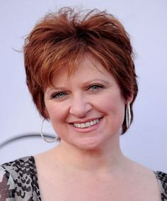 Short hairstyles for women over 40 with round face