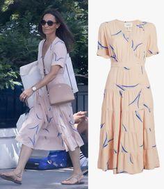 Pippa Middleton wears ba&sh Tais Printed Midi Dress Pippa Middleton Style, Middleton Family, Bash, Kate And Pippa, Pink Midi Dress, Dress Hats, Royal Fashion, Dress Codes, My Style
