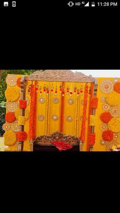 Desi Wedding Decor, Marriage Decoration, Wedding Stage Decorations, Wedding Mandap, Diwali Decorations, Ganapati Decoration, Decoration For Ganpati, Mehndi Decor, Mehendi